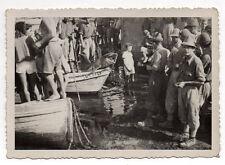 PHOTO ANCIENNE - Vintage - Dauphin mort Pêche Bateau - Vers 1950.