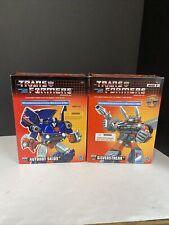 Lot Transformers Commemorative Series Classic Tru Silverstreak & Autobot Skids