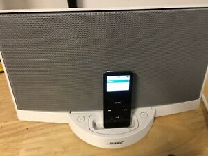 Bose SoundDock Portable 30-Pin iPod/iPhone Speaker Dock, Tested And Works Fine!