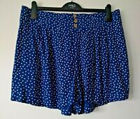 LADIES M&S SIZE 18 BLUE WHITE SPOTTY SOFT PULL ON SHORTS FREE POST