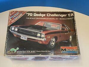 VINTAGE MONOGRAM 1970 DODGE CHALLENGER T/A 1/24 Scale Model