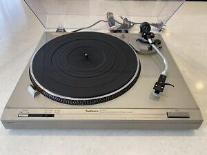 Vintage Technics SL-D212 Direct Drive Turntable
