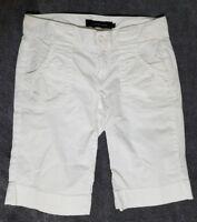Calvin Klein Women's White Bermuda Shorts sz 4 FREE SHIPPING!!