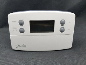 Danfoss TP7000-RF Programmable Wireless Room Thermostat Only 087N741000
