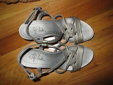 Women's Life Stride Taupe/Bronze Sandals Size 7 M Excellent Condition
