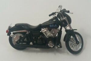 Maisto Sons of Anarchy Alex Tig Trager NEW Harley Davidson FXDBI Dyna Street
