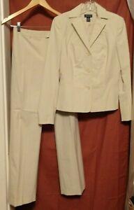 Ann Taylor Lined Pants Suit Poly/Rayon/Spandex  Slacks Size 2,  Jacket Size 4