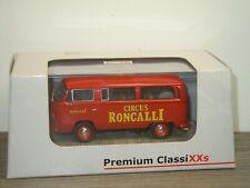 VW Volkswagen T2a Circus Roncalli - Premium Classixxs 11308 - 1:43 in Box *39729