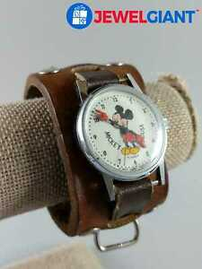 """MICKEY MOUSE SILVER TONE LEATHER BAND WATCH 7"""" WORKING NEW BATTERY #cm622"""