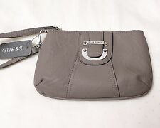 NWT GUESS Women's Zipped Clutch PURSE Small HAND BAG Donna SLG Taupe