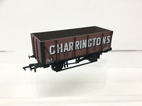 Mainline 37446 OO Gauge 20t Wooden Mineral Wagon Charringtons
