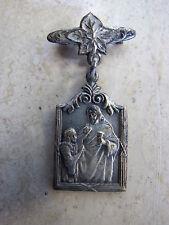 Antique Vintage Art Nouveau Catholic First Holy Communion Pin Medal Souvenir