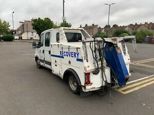 Spec lift recovery truck