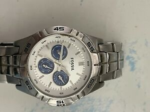 fossil bq9417 Used - Damaged Crystal, Stainless Band Watch Men's - For Parts