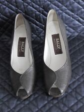 Women's Shoes Bally Grey Embossed Reptile Print Peep Hole Heels Pumps Shoes 7B