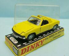 17365 DINKY TOYS / ENGLAND / VOLKSWAGEN PORSCHE 914 SPORT CAR 1/43