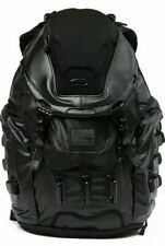New Men's OAKLEY Kitchen Sink Backpack 34L Capacity  Stealth MSRP $300