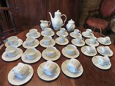 IMPORTANT SERVICE A CAFE EN PORCELAINE DE LIMOGES BARBEAU  SIGNE CHASTAGNER