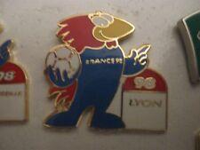 RARE OLD 1998 FRANCE FOOTBALL WORLD CUP FOOTIX LYON ENAMEL PRESS PIN BADGE
