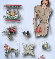 1940s Vintage Simplicity Embroidery Transfer 7288 Uncut Set of Pocket Trims