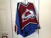 Colorado Avalanche NWT 96-06 Burgundy CCM Size large jersey