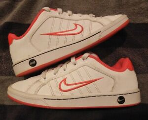 Girls/Ladies, Nike, Court Tradition, White Leather with Pink, Trainers size 3.5