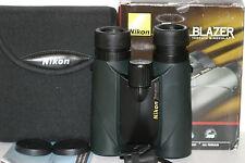 NIKON   8x42  trailblazer       BINOCULARS    great view....  green lens