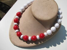 """VINTAGE RETRO DESIGN SIGNED MONET RED&WHITE LUCITE16 MM.BEADS 17""""COLLAR NECKLACE"""
