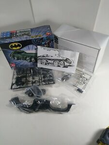 2003 1:25 AMT ERTL BATMAN BATMISSILE SNAP TOGETHER MODEL KIT 38038