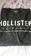 Hollister Men's Black Tee shirt Medium New with tags graphic