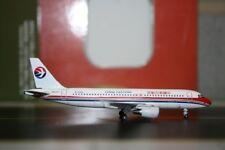 Aeroclassics 1:400 China Eastern Airbus A320-200 B-2208 (ACB2208) Model Plane