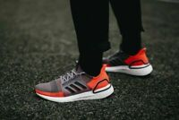 Adidas UltraBOOST Grey Black Coral G27517 Running Shoes Men's Size 9 NEW