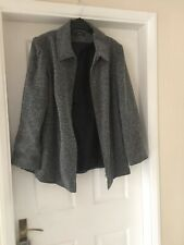 Black And White Black And White Specal Smart Jacket From Essence Size 20 Co68520