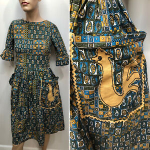 VTG 1950s Mid-Century PAISLEY PRINT Dirndl Skirt Day Dress w/ ROOSTER APPLIQUÉ
