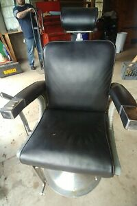 Belmont Barber Chair Black & Silver ***LOCAL PICKUP ONLY 15074***