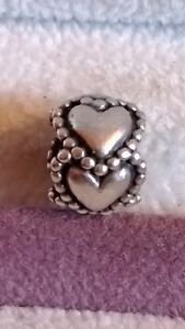 GENUINE PANDORA Sterling Silver 925ale Ring of Hearts Charm 790448
