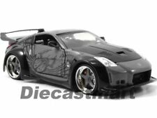 Voitures, camions et fourgons miniatures noirs Fast & Furious Nissan