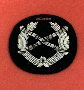 British Made Field Marshal Wreath Silver Braided Hand Embroidered Collar Badges