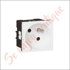 LEGRAND 077105L - Prise de courant à puits inclinés 45° Mosaic link 2 modules