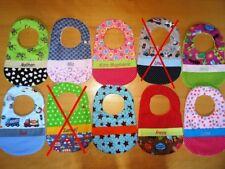 Lätzchen mit Name in Wunschfarbe Handmade Farbenmix