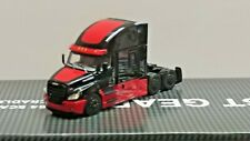 dcp red/black Freightliner Cascadia sleeper tractor 1/64 new no box
