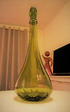 VINTAGE verde vetro decanter bottiglia 1970s Retrò Midcentury BICCHIERI Genie in buonissima condizione