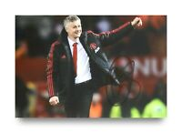 SMUDGED Ole Gunnar Solskjaer Signed 6x4 Photo Manchester United Autograph + COA
