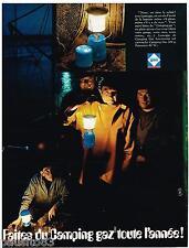 PUBLICITE ADVERTISING 0105  1970  Les lampes LUMOGAZ  CAMPING -GAZ