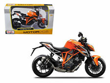 MAISTO MOTORCYCLES 1:12 KTM 1290 SUPER DUKE R Orange 13065