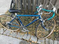 "1973 Schwinn Vintage Touring RACING Bike. 24"" Frame. POWER BLUE"