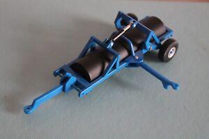 "BRITAINS ERTL 7.3"" Blue LAND ROLLER Farm Toy Trailer 1:32 Scale"