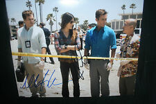 DEXTER CAST SIGNED 11x14 photo MICHAEL C HALL JENNIFER CARPENTER + DC/COA (RARE)