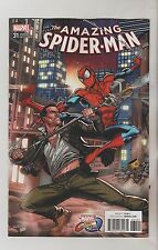 MARVEL COMICS AMAZING SPIDERMAN #31 OCTOBER 2017 MARVEL VS CAPCOM VARIANT NM