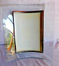 Lasting Impressions 4'' x 6'' Glass Bowed Picture Frame